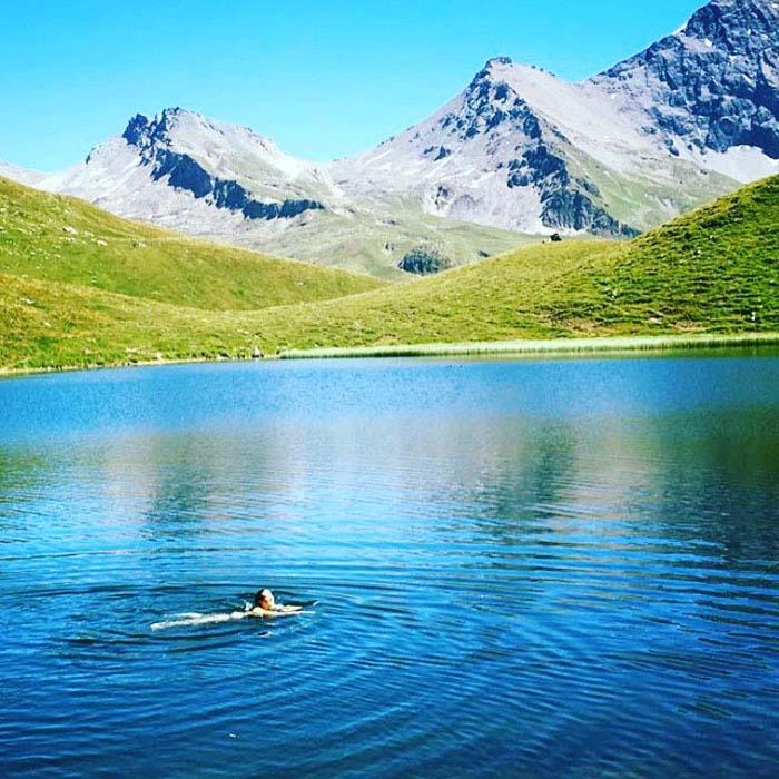 yoga-retreats-holidays-french-alps-hiking-25